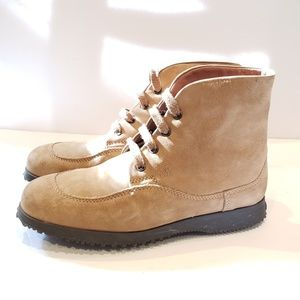 Hogan 37.5 ankle boots tan suede